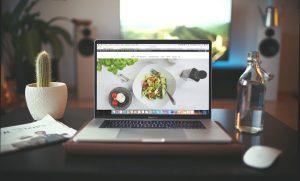 Quelles sont les exigences des internautes lors d'un achat en ligne?